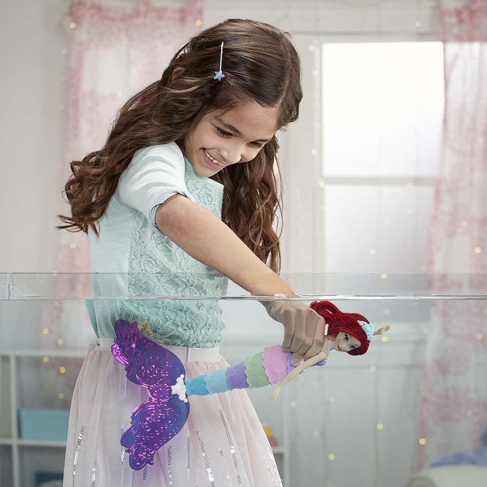 Disney Princess mavrična lutka Ariela