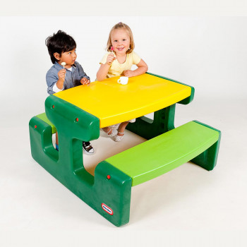 Little Tikes piknik miza Evergreen